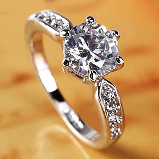 Sparkling Zircon Inlaid Women's Ring