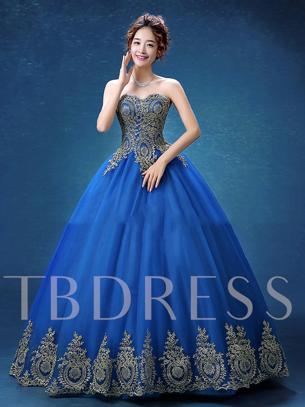 Sweetheart Ball Gown Appliques Long Quinceanera Dress