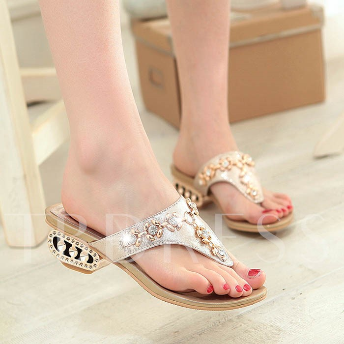 Round Toe Flat Heel Slip-On Rhinestone Women's Sandals