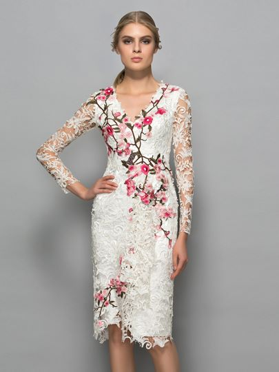 Sheath V-Neck Appliques Lace Cocktail Dress