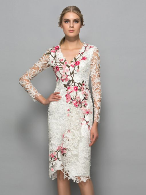 Long Sleeves Sheath V-Neck Embroidery Lace Cocktail Dress
