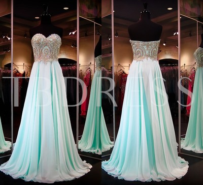 Sweetheart Appliques Long Prom Dress