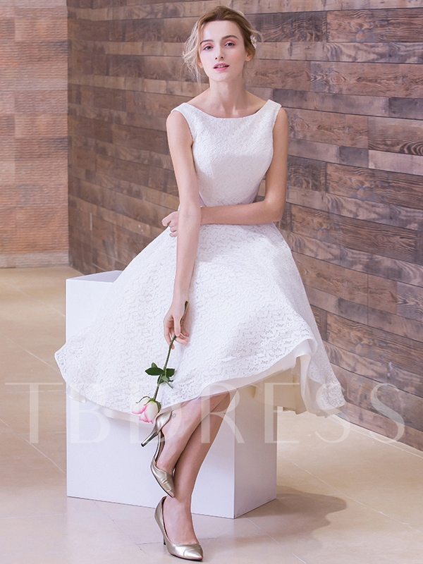 Lace Scoop Neck Knee-Length A-Line Beach Wedding Dress