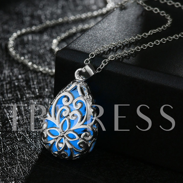 Fall in Love Hollow Style Women's Necklace