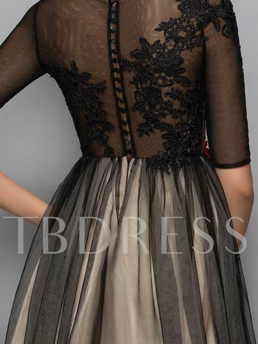 Half Sleeves Scoop A-Line Appliques Lace Knee-Length Cocktail Dress