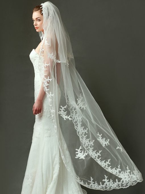 Lace Appliques Edge Wedding Veil