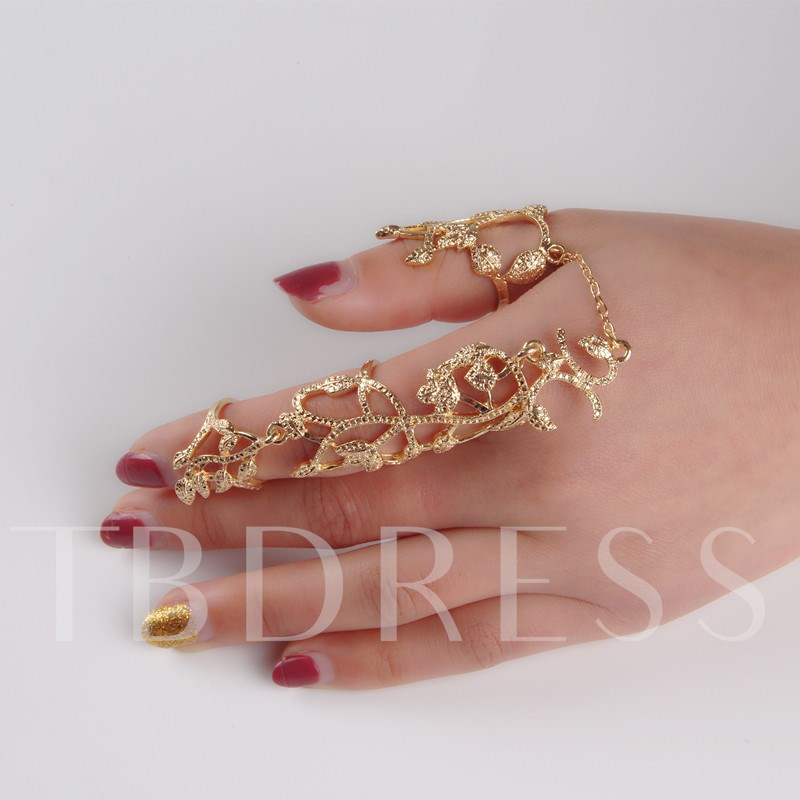 Hollow-Out Leaves Design Women Ring