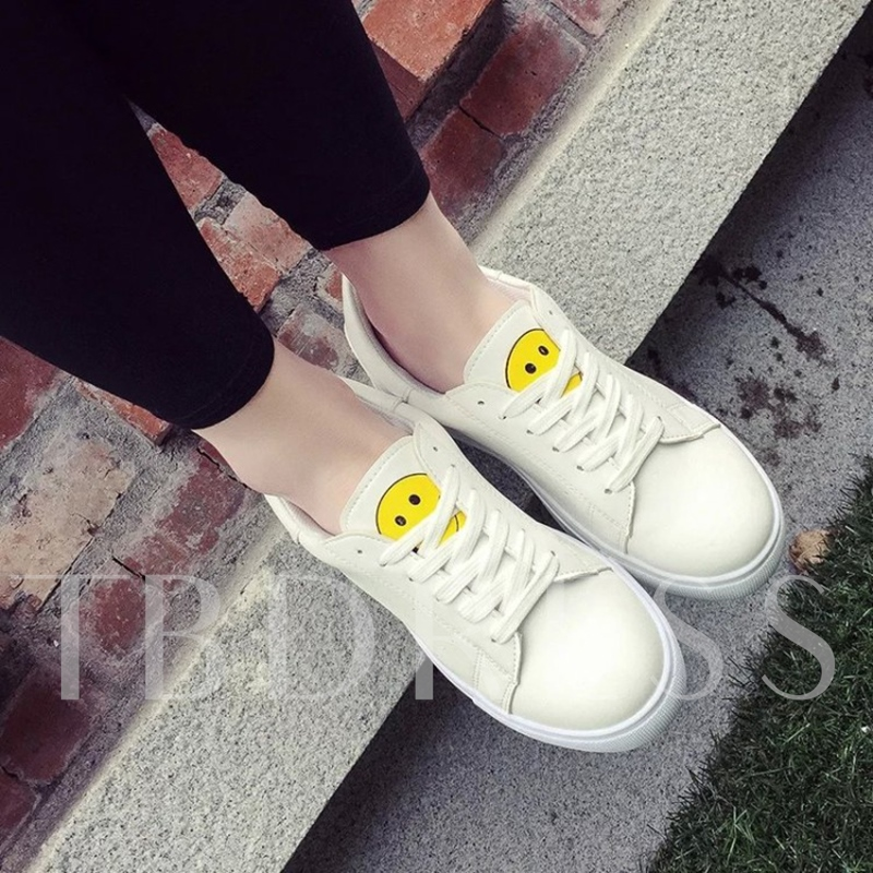 Round Toe Flat Heel Lace-Up Low Heel Women's White Sneakers