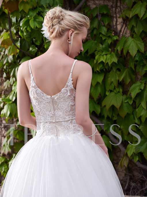 Spaghetti Strap Sweetheart Appliques Floor-Length Wedding Dress