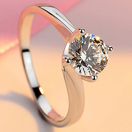 Simulation 1 Carat Diamond-Shaped Wedding Ring
