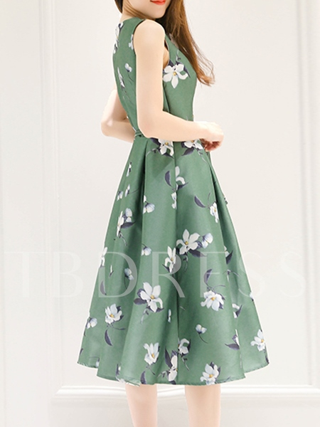 Floral Printed A-Line Women's Day Dress (Plus Size Available)