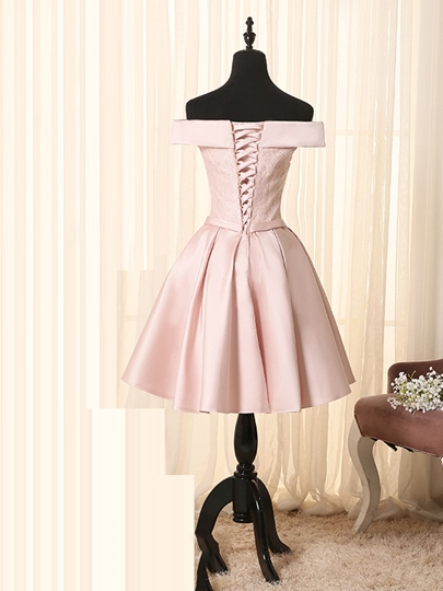 A-Line Off-the-Shoulder Bowknot Lace Sashes Mini Homecoming Dress