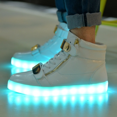 Lace-Up Fluorescent Color Men's Sneakers
