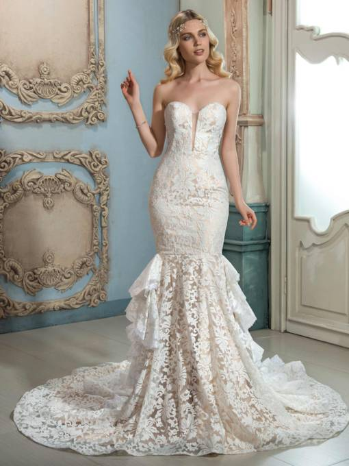 Sweetheart Lace Tiered Court Train Mermaid Wedding Dress