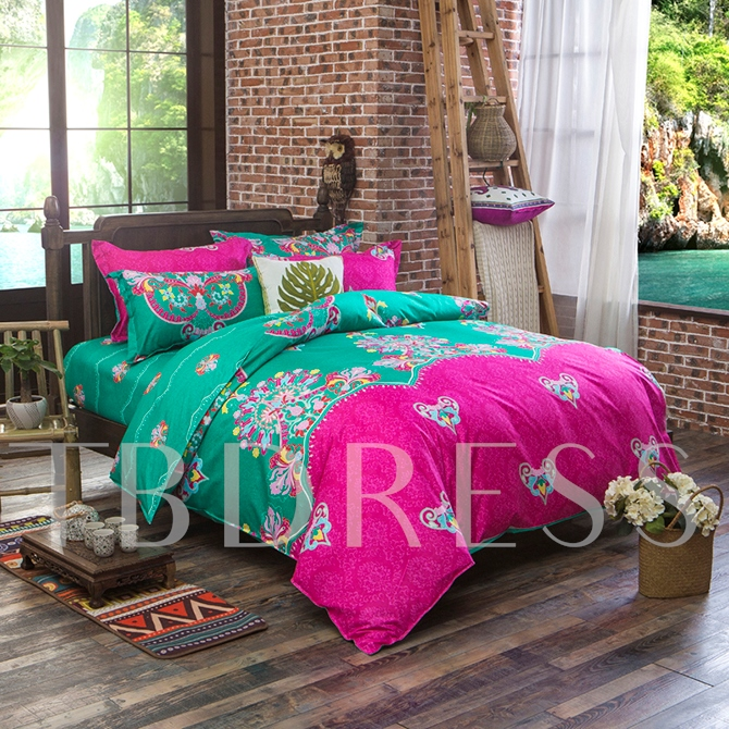 Gorgeous Contrast Color Exotic Pattern Polyester 4-Piece Bedding Sets/Duvet Cover