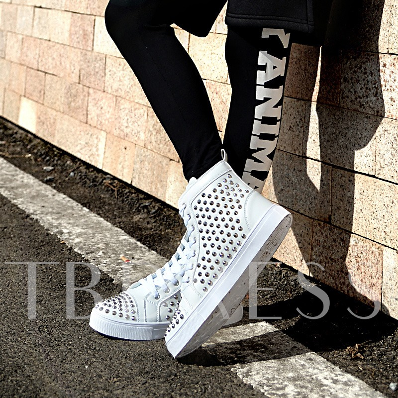 Round Toe Flat Heel Rivet Men's Sneakers