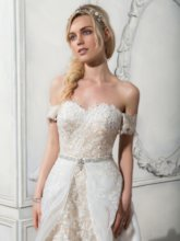Appliques Beaded Beach Wedding Dress with Removable Train