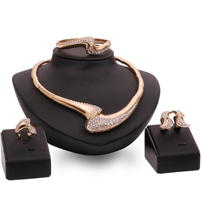 High Quality Gold Diamante Jewelry Set