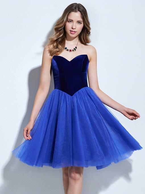 A-Line Sweetheart Draped Pick-Ups Knee-Length Cocktail Dress