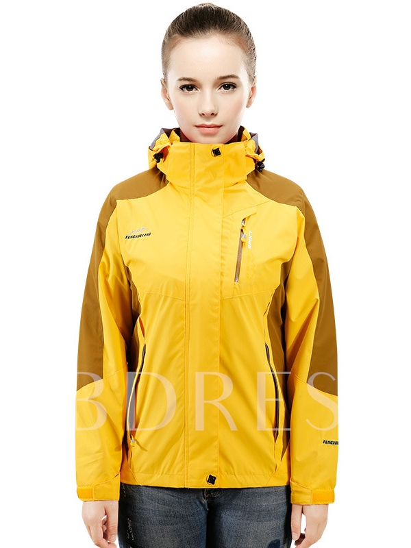 Lightweight Waterproof Breathable Women's Jacket (Plus Size Available)