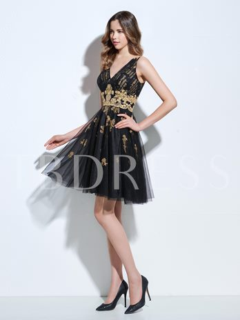 V-Neck A-Line Appliques Pleats Mini Cocktail Dress