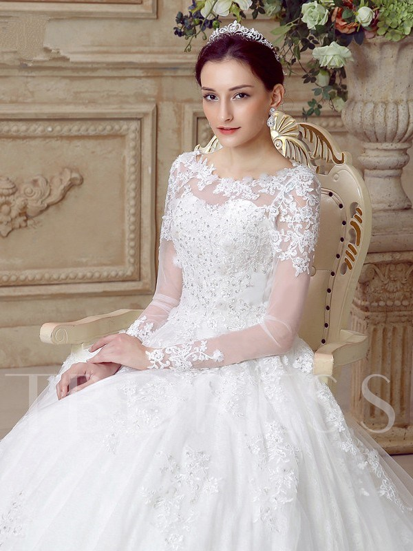Scoop Neck A-Line Appliques Long Sleeve Wedding Dress