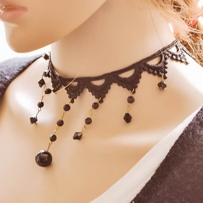 Vintage Style Lace Necklace