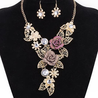 Beautiful Rose Decorated Alloy Jewelry Set