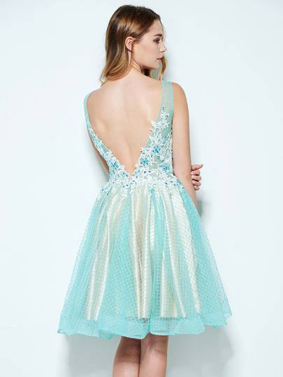 A-Line V-Neck Appliques Beaded Knee-Length Homecoming Dress