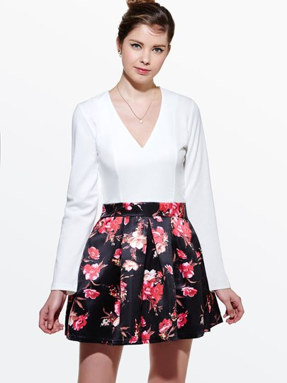 Flower Print V Neck Women's Day Dress (Plus Size Available)