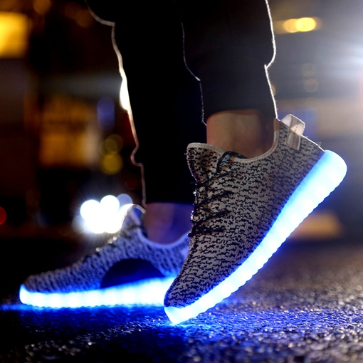 Runde Zehe Flache Ferse Lace-Up LED Turnschuhe