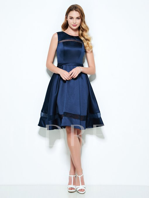 A-Line Scoop Hollow Knee-Length Homecoming Dress