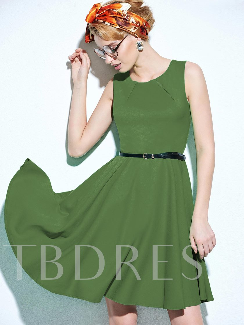 Polyester Sleeveless Pleated Women's Day Dress with Belt(Plus Size Available)