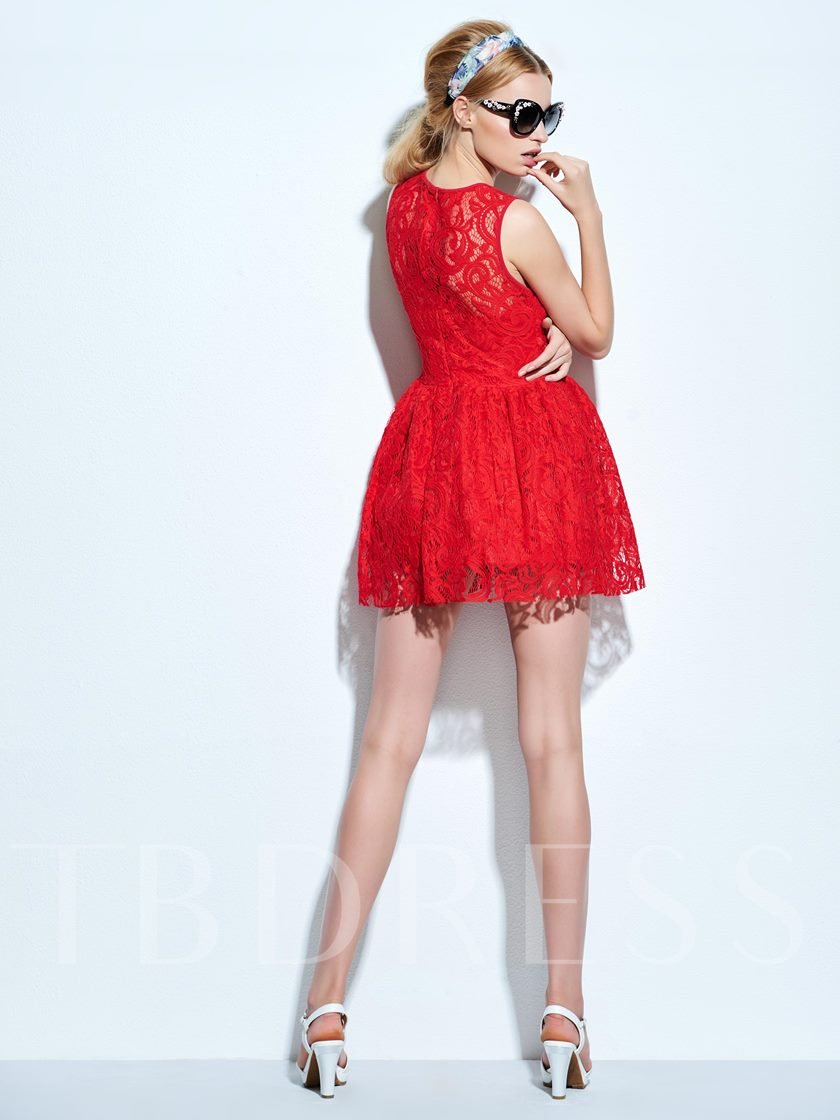 Sleeveless Women's Lace Flare Dress (Plus Size Available)