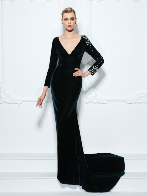 Sheath Velvet V-Neck Rhinestone Evening Dress