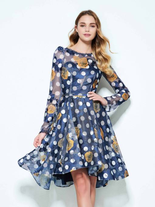 A-Line Bateau Long Sleeves Hollow Printed Knee-Length Homecoming Dress