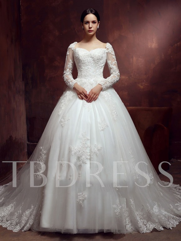Button Appliques Wedding Dress with Long Sleeve