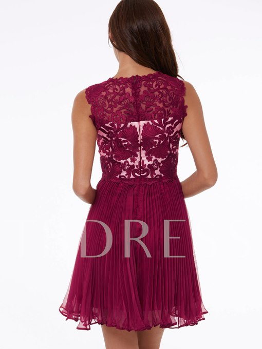 A-Line Scoop Beading Lace Short Homecoming Dress