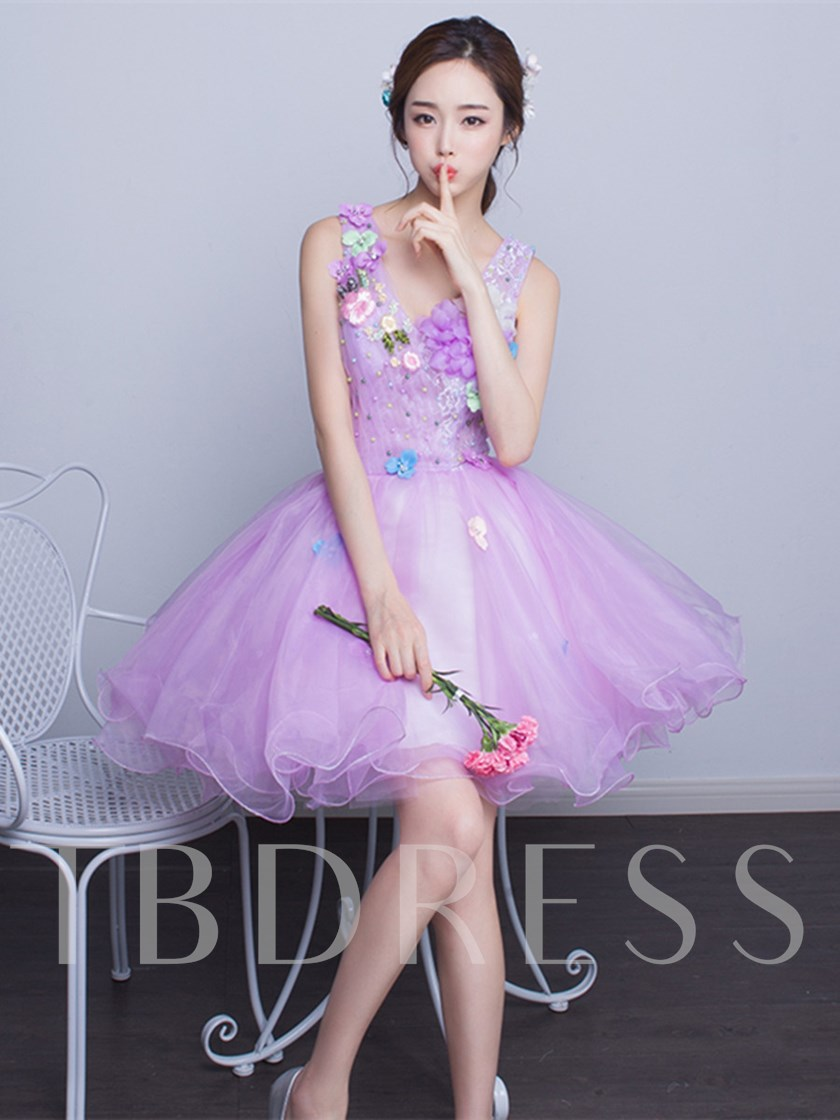 A-Line V-Neck Lace Pearls Flowers Short Homecoming Dress
