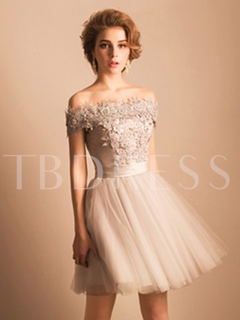 A-Line Off-the-Shoulder Rhinestone Lace Pearls Short Homecoming Dress