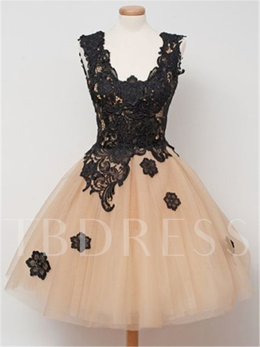 A-Line Square Appliques Lace Short Homecoming Dress