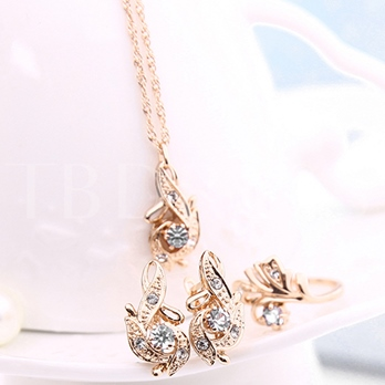Hot Sale Gold Diamante Three Pieces Jewelry Set