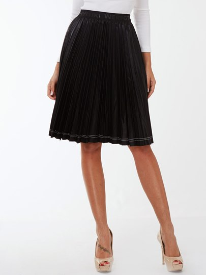 Black Short Pleated Women's Skirt