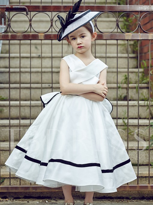 V-Neck Zipper-Up Bowknot Tea-Length Flower Girl Dress