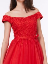 A-Line Off-the-Shoulder Appliques Lace Sashes Knee-Length Cocktail Dress