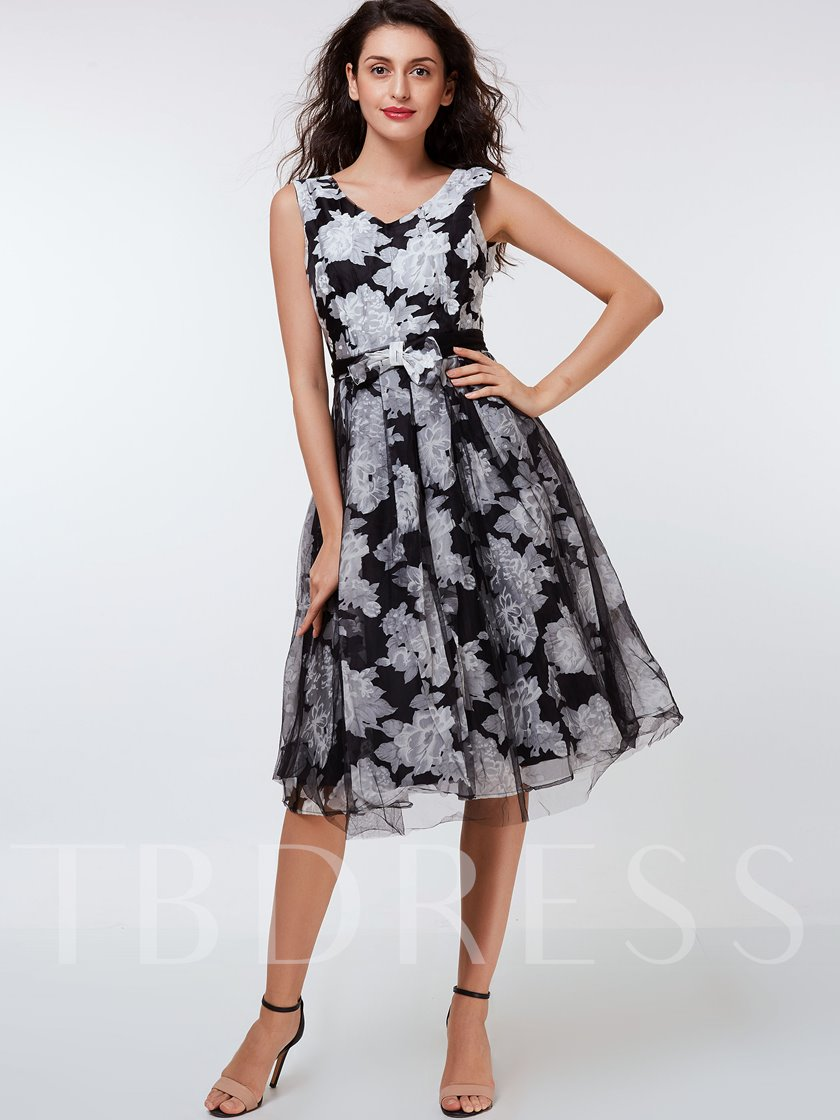Floral Backless V-Neck Women's Day Dress