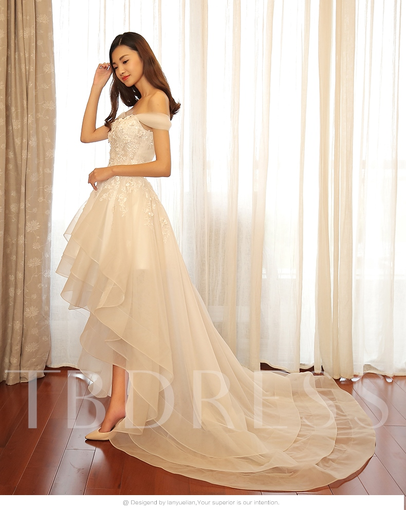 Sweetheart Appliques Beading High-Low Wedding Dress