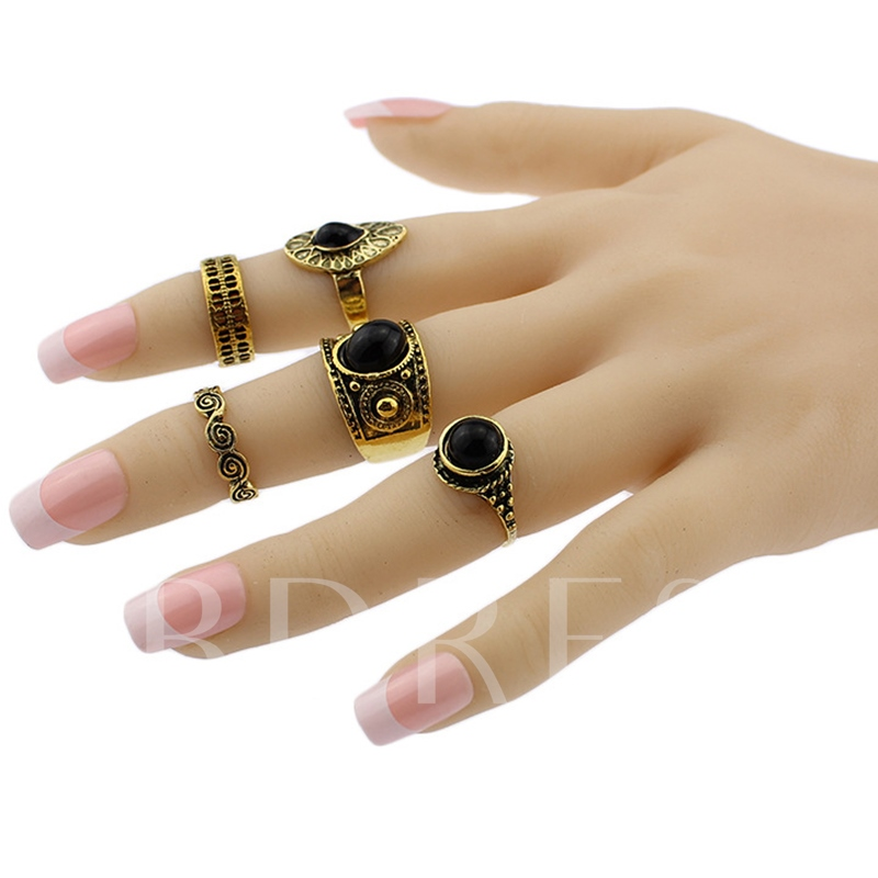 Retro Hollow-Out Five Pieces Ring Set