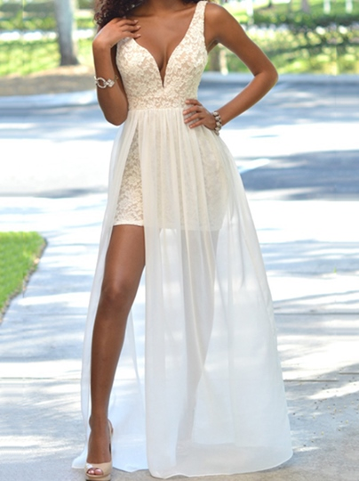 A-Line V-Neck Lace Split-Front Brush Train Prom Dress