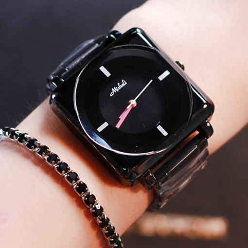 Fashion Square Dial Design Women's Quartz Watch